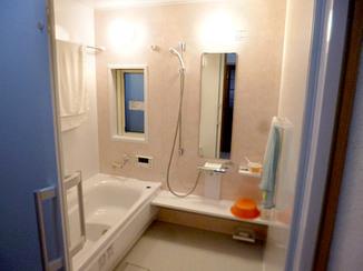 バスルームリフォーム もっと大きく広々と!もっとポカポカ暖かいバスルーム