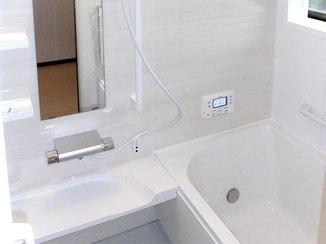 バスルームリフォーム 防カビ対策に力を入れた浴室&洗面所