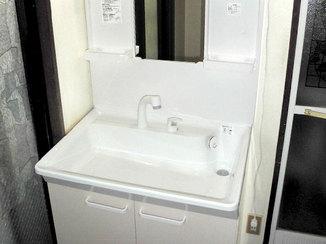 洗面リフォーム 短時間で綺麗な洗面台へ取替リフォーム
