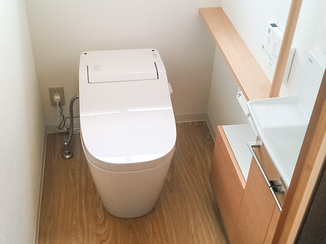 トイレリフォーム 内装を最新スタイルにして新築のようなトイレに