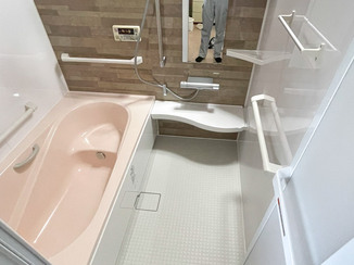 バスルームリフォーム お母さまの身体状況に合わせながら家族みんなが使いやすいバスルーム
